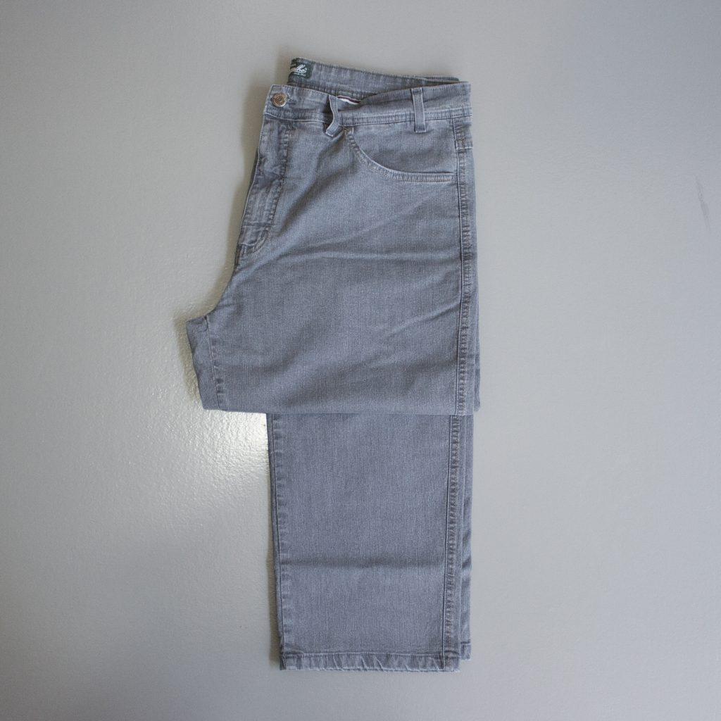 02-calça pequena