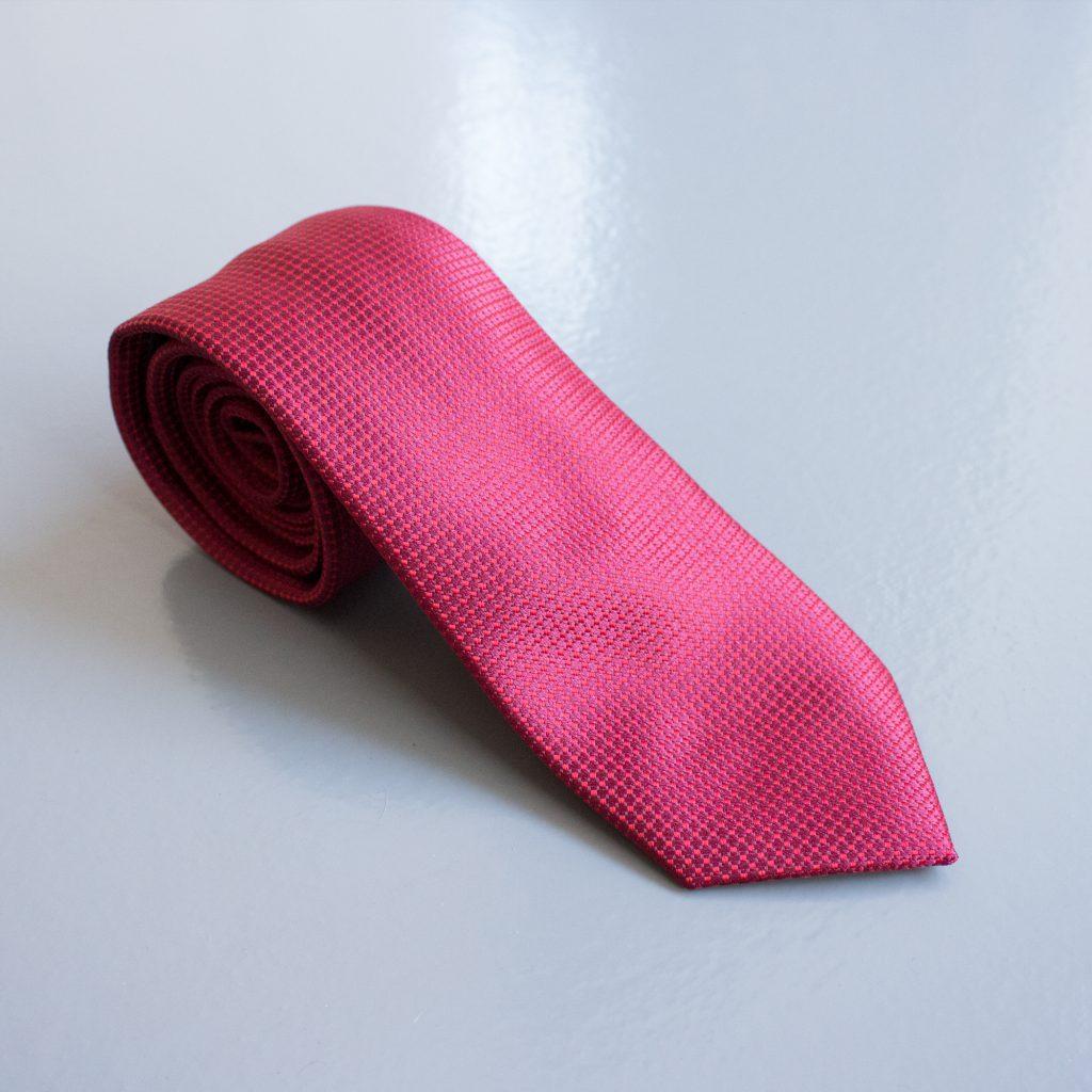 03-gravata-pequena