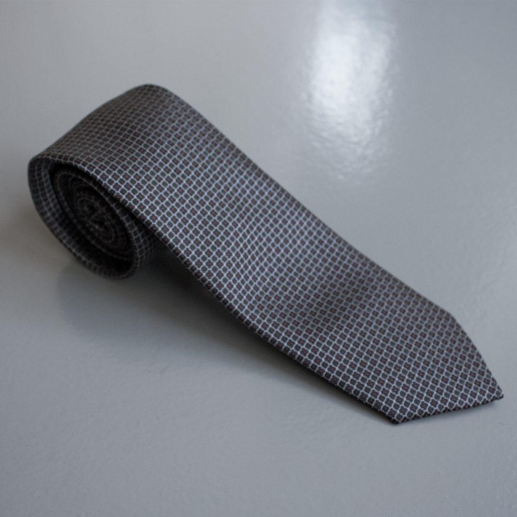 07-gravata-pequena